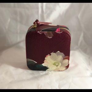 Storage & Organization - 🌹🍀Beautiful jewelry box.